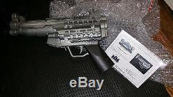 DOOM (2005) MOVIE SCREEN USED AND MATCHED PROP GUN