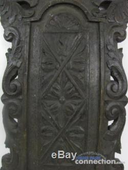 Disney PIRATES OF THE CARIBBEAN At World's End Movie Brethren Chair Back PROP