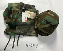 Drew Barrymore Charlie's Angels Screen Used Military Outfit & Helmet withCoA 2000