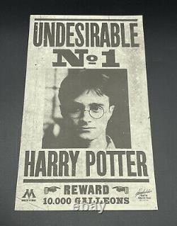 Harry Potter Undesirable No. 1 Flyer Screen Used Prop With COA